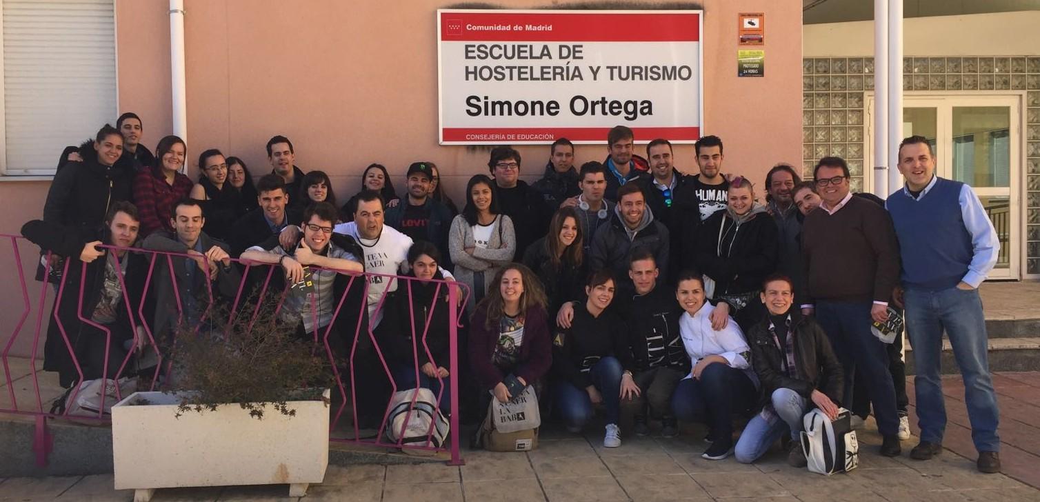 La Antigua con los alumnos de Simone Ortega